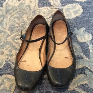 Frye Dark Green Leather Mary Janes Size 8.5